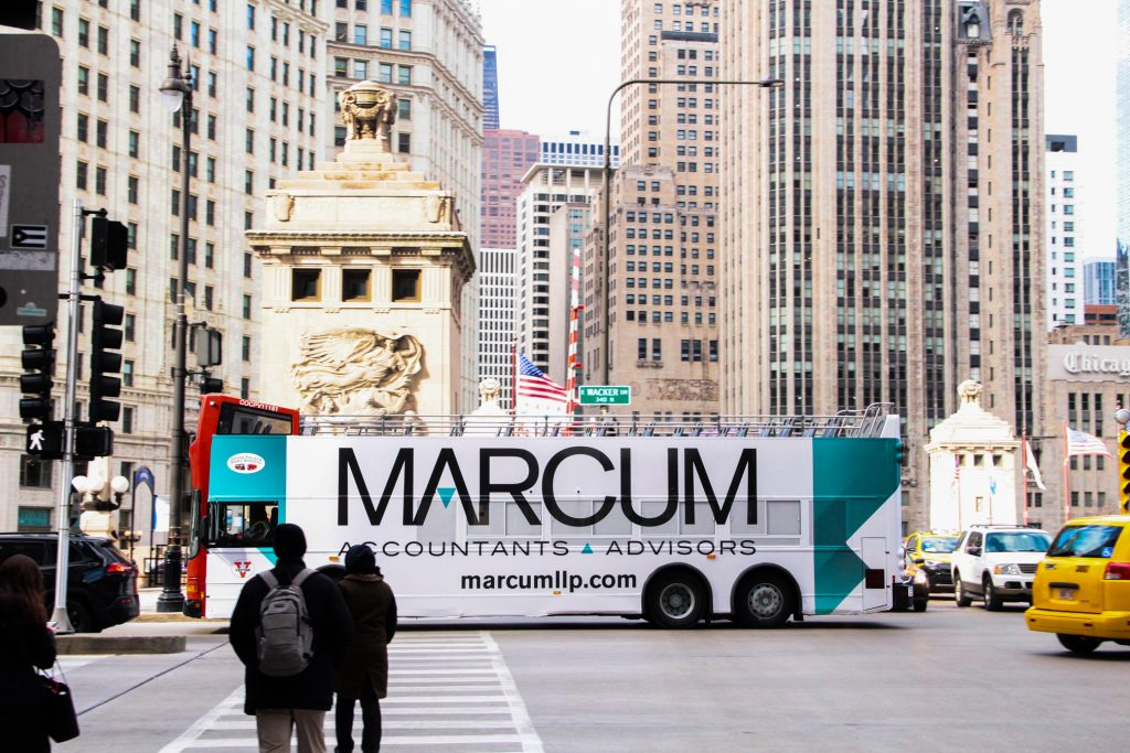 chicago double deckers marcum advertising magnificent mile